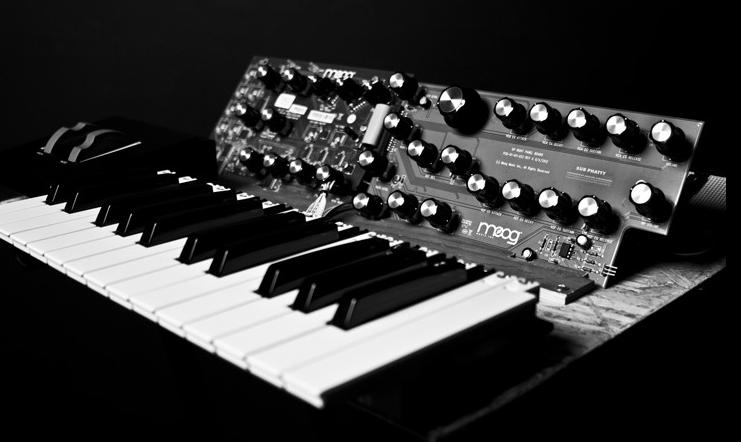 Moog Music set to unveil new analog synthesizer, the Sub Phatty
