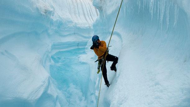 Chasing Ice (Submarine Deluxe)
