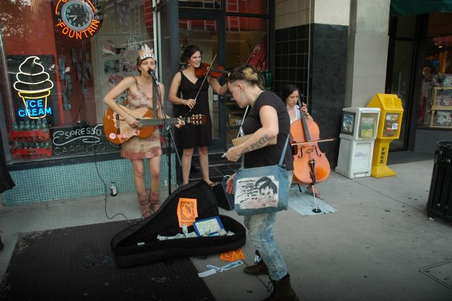 buskers2
