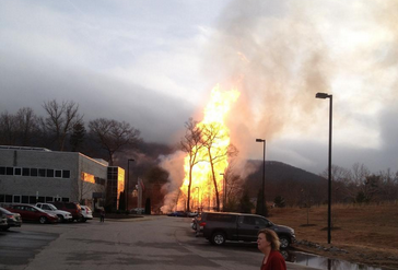 Storify: Breaking news of gas line explosion on Sand Hill Road west of Asheville