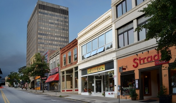 SOLD! 25 Broadway in downtown Asheville for $1.365 million