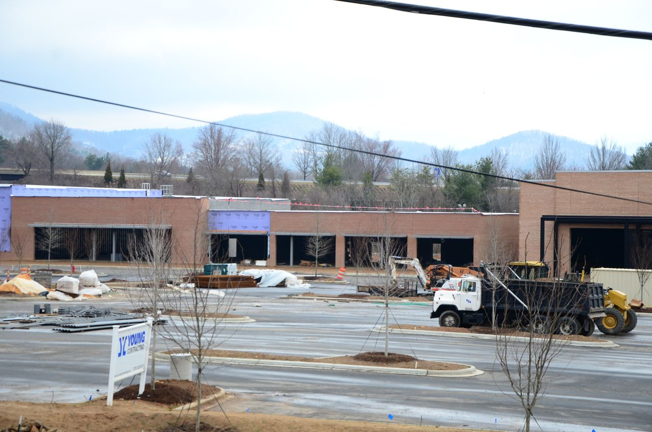 PHOTOS Construction on Whole Foods on Tunnel Road in Asheville