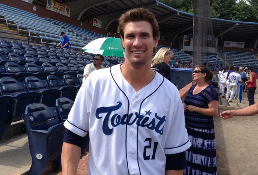 Asheville Tourists/ photo by IAN CASSELBERRY for ASHVEGAS.COM