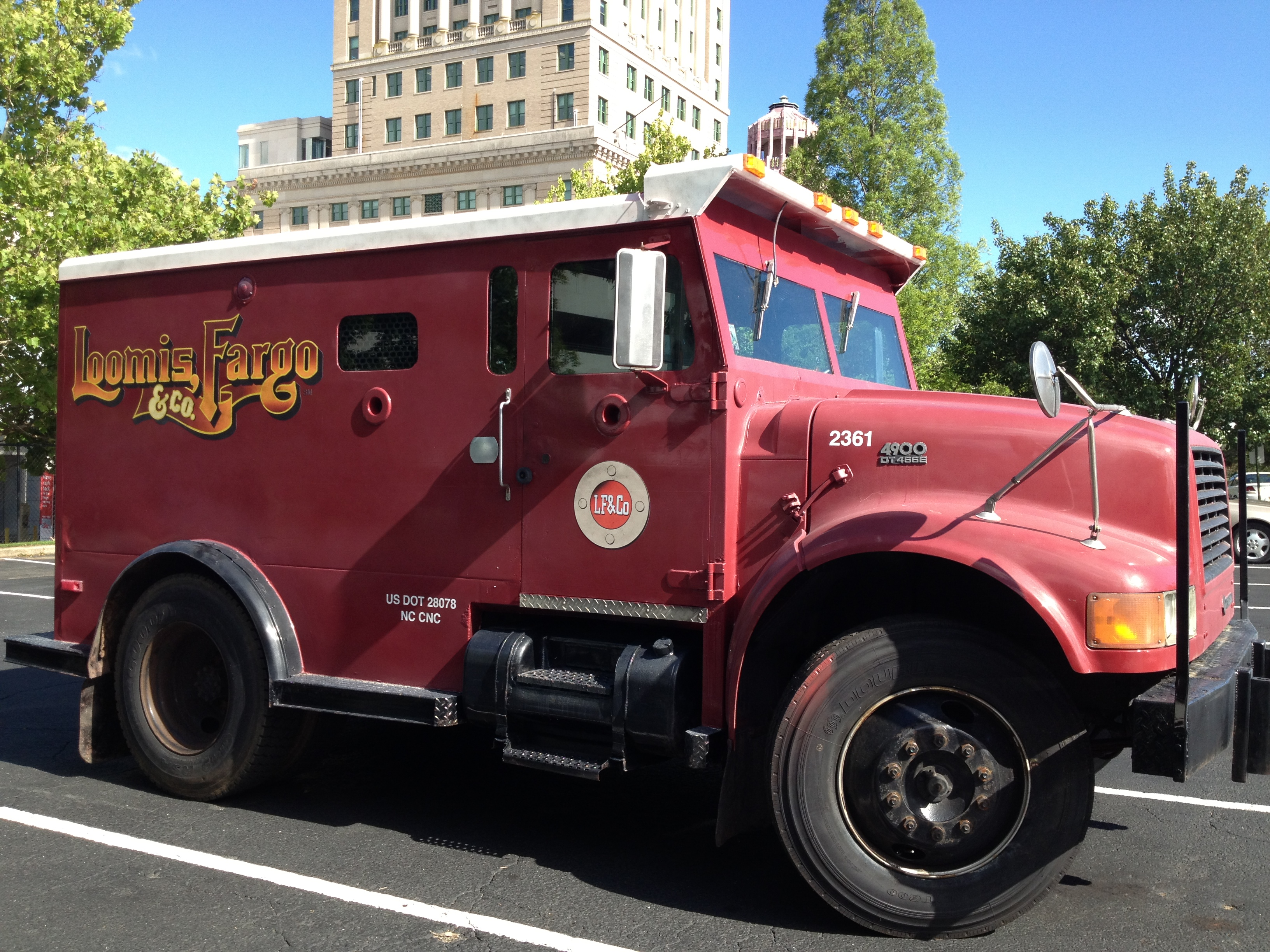 Loomis Fargo truck