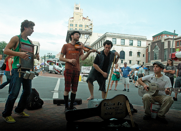 Asheville Blade: New regulations for street musicians in downtown Asheville discussed
