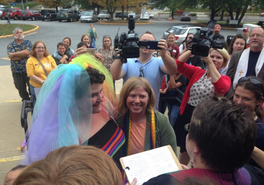 Gay couples wed in Asheville after North Carolina same-sex marriage ban struck down