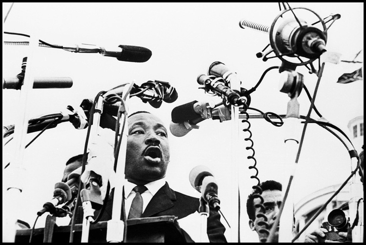 Asheville school to host photography exhibit of images from 'Bloody Sunday' march in Selma