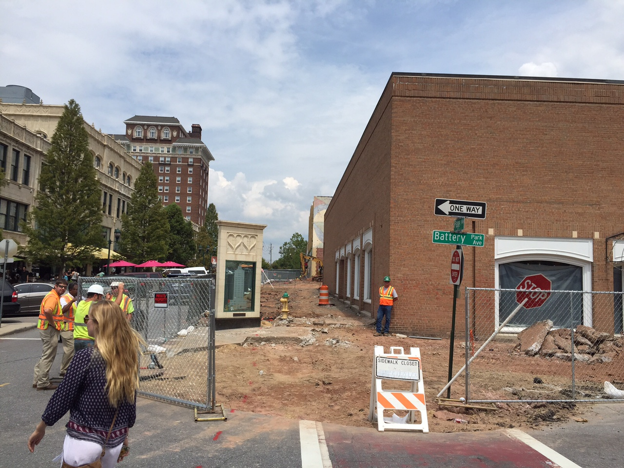 Downtown Asheville traffic headaches abound at construction scenes