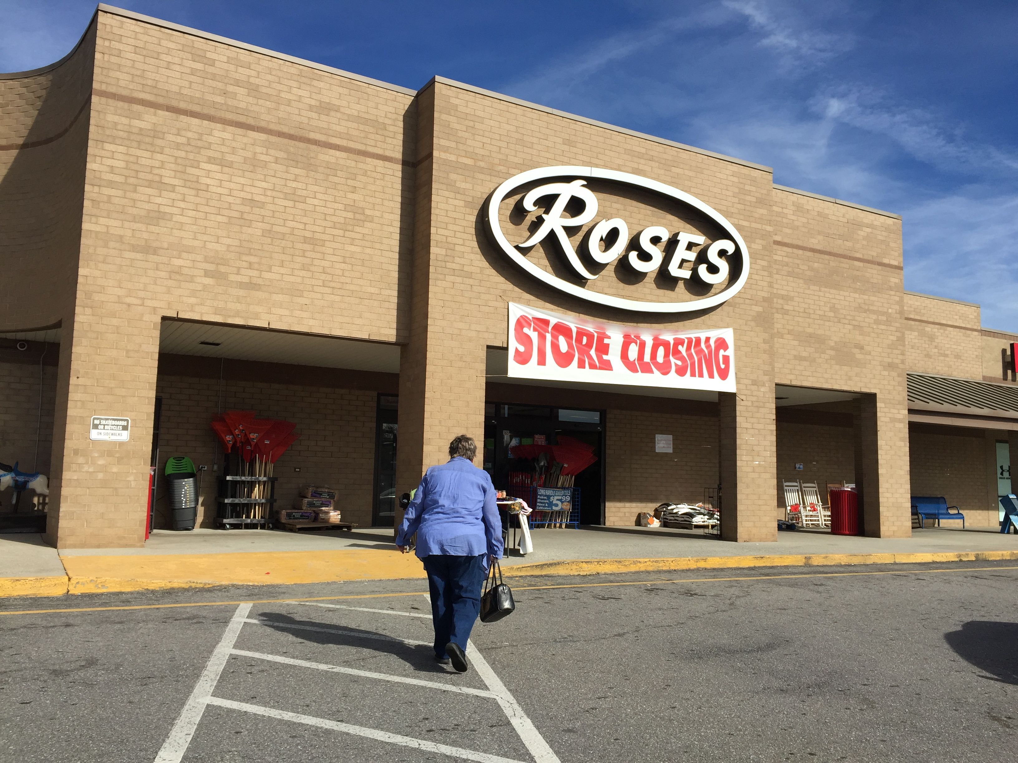 PHOTOS Rose's is closing in Weaverville, and it's a discount shopper's dream