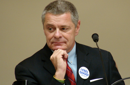 Could Roanoke mayor's anti-immigration remarks sour Deschutes on opening there?