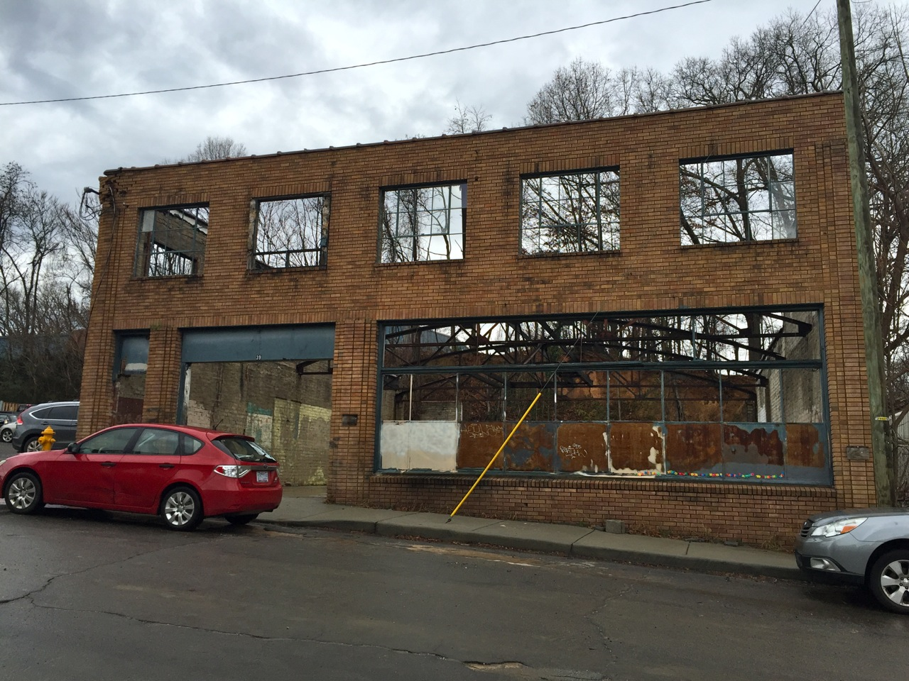 Sold! Building shell on Banks Avenue in Asheville for $600,000