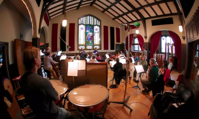 To create a soundtrack for the city, Asheville Symphony teams with local musicians, artists