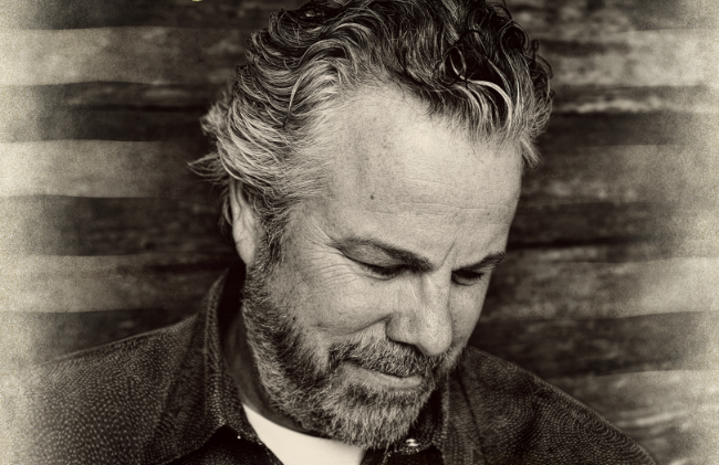 Robert Earl Keen on bluegrass, Bonanza and a Black Mountain brush-off
