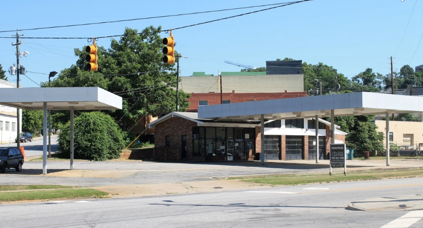 Sold! Old Asheville service station to Georgia restaurateur for $800k