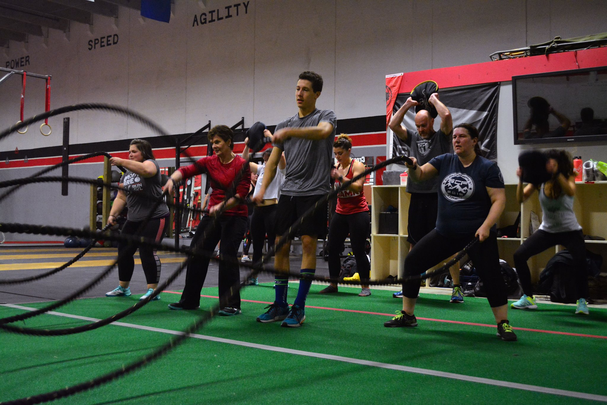 At Summit CrossFit, a workout and nutrition challenge with an 'afterburn'