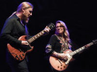 Derek Trucks and Susan Tedeschi/ photo by Greg Logan