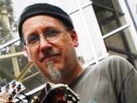Beloved Asheville musician Robin Tolleson dies suddenly