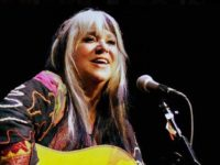 Woodstock legend Melanie to perform Asheville house concerts